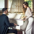 Poročna pravljica slovenskih misic na poročnem sejmu v Celju