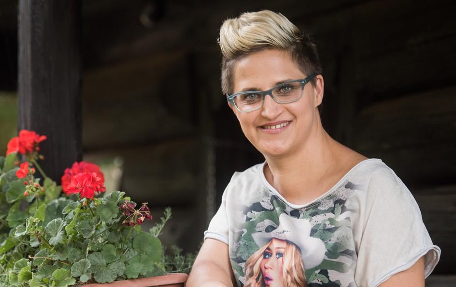 Sonja Hercog (Ljubezen po domače): Želi si moškega podobnih nazorov (foto: Pop tv , osebni arhiv)