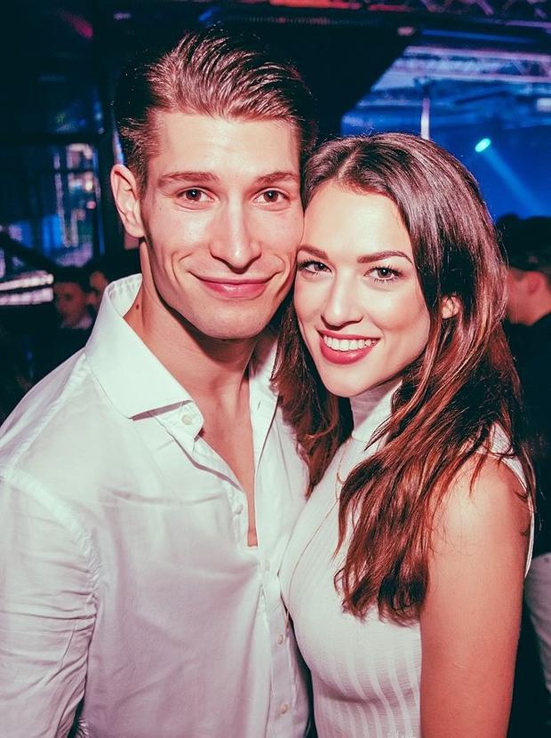 Miha Vodičar (Zvezde plešejo) in njegova Kristina se bosta poročila v Goriških Brdih (foto: Marko Delbello Ocepek)