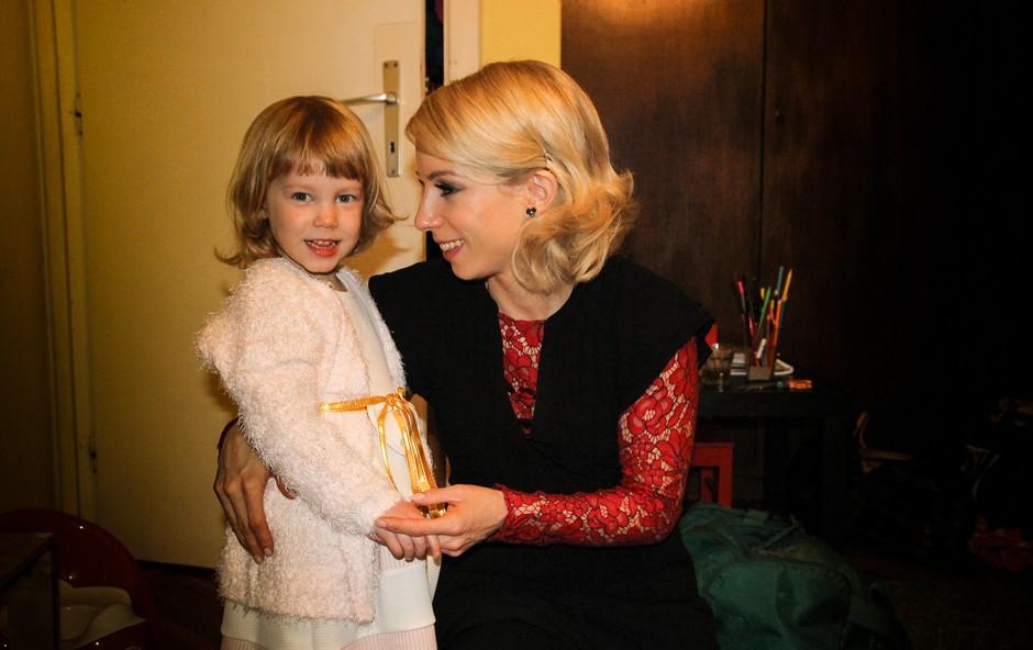 Natalija Gros se je takole ganljivo zahvalila svojemu plesnemu partnerju (foto: Pop tv)