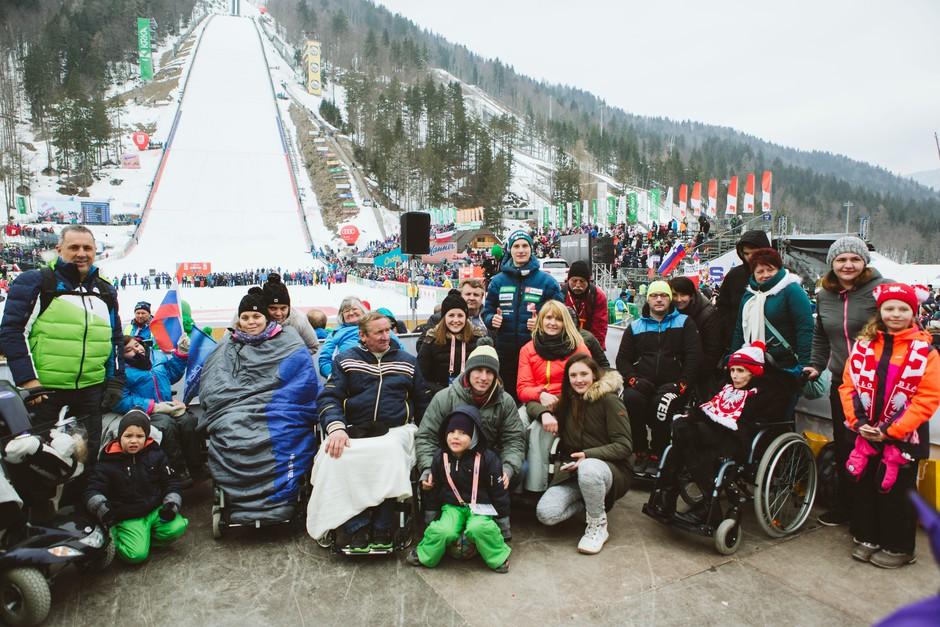Domen Prevc obiskal invalide, ki so bili del uspešne akcije #PlanicaPraznikVseh (foto: Planica Praznik Vseh)
