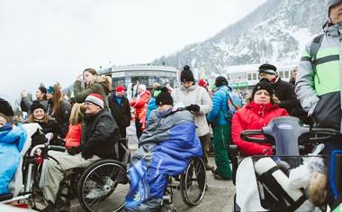 Domen Prevc obiskal invalide, ki so bili del uspešne akcije #PlanicaPraznikVseh