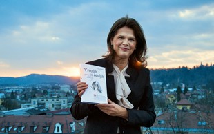 Biografija Alenke Bratušek: Naprej 'v svojih čevljih'!