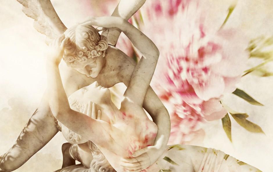 Dr. Lucija Luči Mulej Mlakar (avtorica Pogovorov z Erosom): Erotika je predaja (foto: Shutterstock)