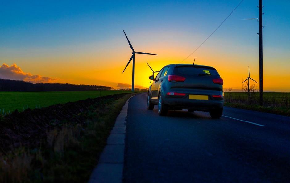 Električni avto v resnici ni nujno tudi okolju najprijaznejši, ugotavlja študija! (foto: profimedia)