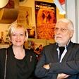 Boris Cavazza in Ksenija Benedetti uživata v mačji družbi