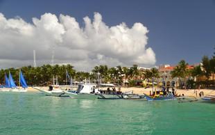 Rajski filipinski otok Boracay bo pol leta zaprt za turiste