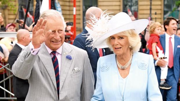 Zaradi neavtorizirane biografije princa Charlesa angleški dvor spet buri duhove (foto: Profimedia)