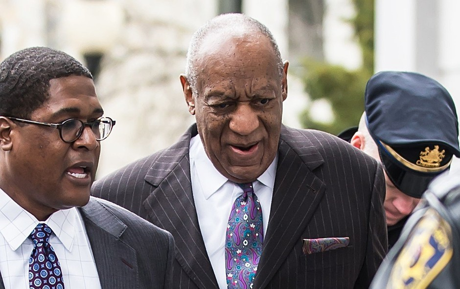 Bill Cosby ženski, ki ga obtožuje spolne zlorabe, plačal 3,4 milijona dolarjev (foto: profimedia)