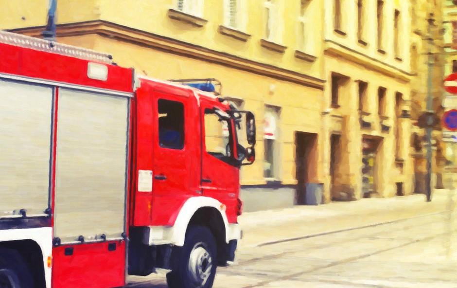 Požar v stanovanju na ljubljanskih Fužinah povzročil za več 10.000 evrov škode (foto: profimedia)