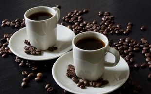 Nutricionisti zatrjujejo, da pri hujšanju pomaga tudi kava