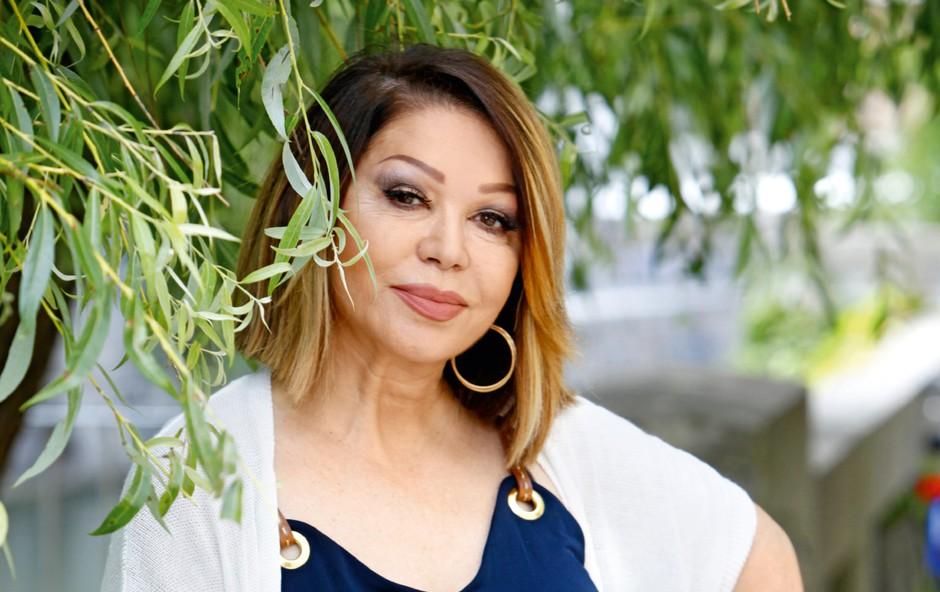 Priljubljena pevka Neda Ukraden objavila slike v kopalkah in navdušila oboževalce! (foto: Helena Kermelj)