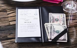 Mike, ki je bil na obisku iz Seattla, je osebje razveselil s kar 2000 dolarji napitnine!