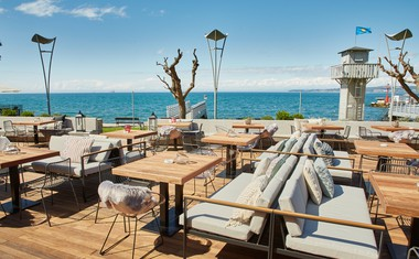 Koper je bogatejši za mediteransko restavracijo Savor, ki jo dnevno oskrbujejo lokalni ribiči!