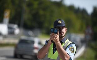Pred policisti pijan povzročil prometno nesrečo, nato še pobegnil