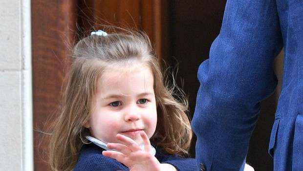 Princesa Charlotte je ob obisku malega princa s to gesto vse takoj očarala! (foto: Profimedia)