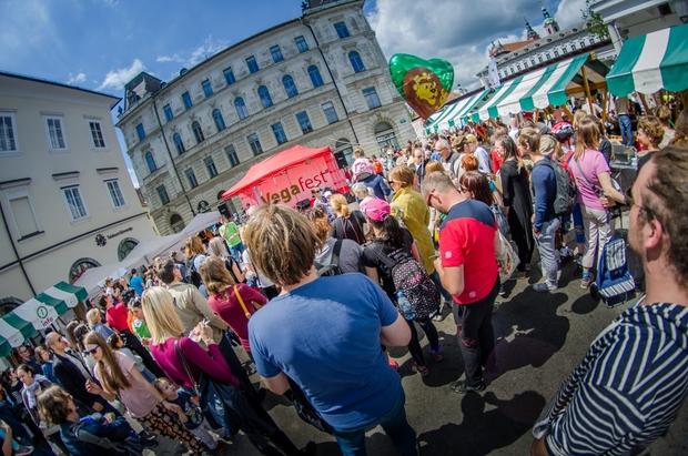 Vegafest na ljubljanskem Pogačarjevem trgu (foto: Vegafest)