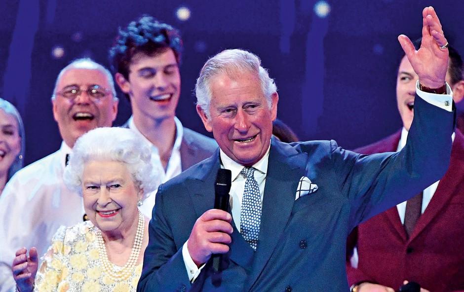Kraljica Elizabeta se še vedno zna pošaliti! (foto: Profimedia)