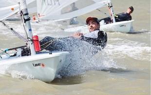 Mladi jadralec Žan Luka je z rezultati na evropskem prvenstvu do sedaj zadovoljen