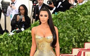 Takšna je bila Kim Kardashian v osmem razredu osnovne šole. Se je do danes veliko spremenila?