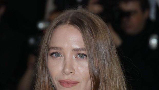 Mary Kate Olsen nekoč ljubka plavolaska, zdaj pa že močno postarana (foto: Profimedia)