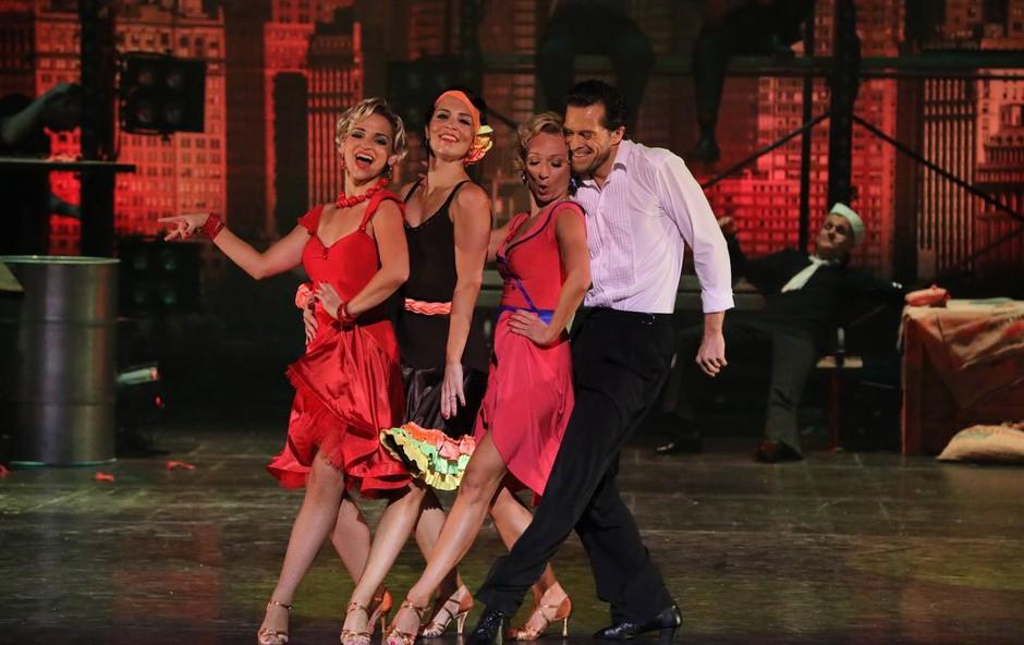Novičke iz šova Zvezde plešejo: kdo se je poškodoval in kaj je tam počela mama Luke Dončiča! (foto: Pop Tv)