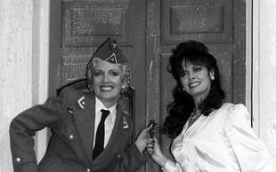 Herr Flick in Helga - kakšna sta videti danes? Od kultne serije 'Allo 'Allo minilo že 36 let!