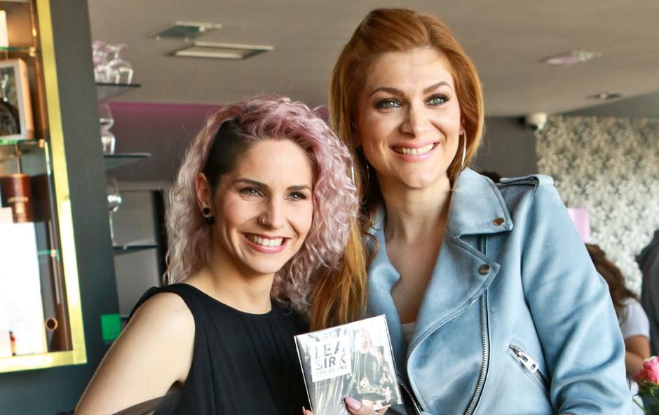 Lea Sirk & Manca Špik: V boj za novo zmago?! (foto: Goran Antley)