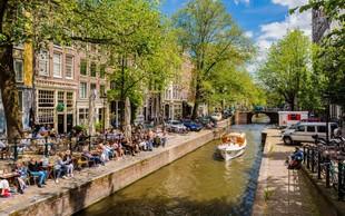 V Amsterdamu načrtujejo prepoved storitve Airbnb in povišanje turistične takse