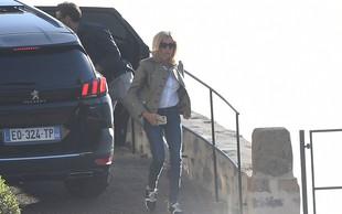 Francoska prva dama Brigitte Macron navdušila z drugačno modno kombinacijo