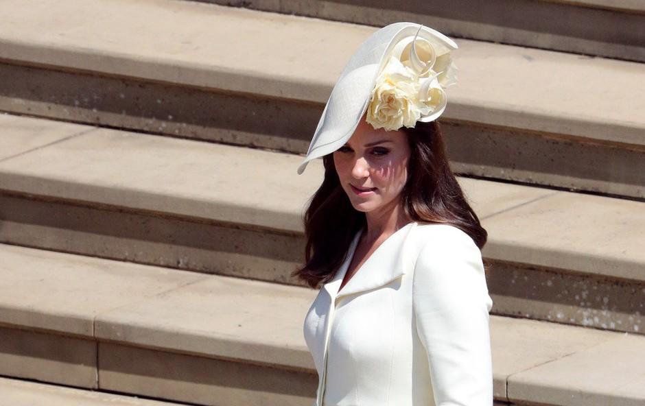 Kate Middleton na kraljevi poroki nosila obleko, ki smo jo videli že dvakrat (foto: Profimedia)