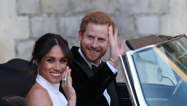 Pes Meghan Markle se je na poroko pripeljal skupaj s kraljico Elizabeto (foto: Profimedia)