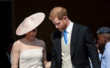 Harry in Meghan na vrtni zabavi v Buckinghamski palači