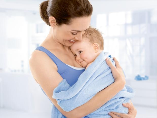 Najnežnejša nega z novima NIVEA BABY micelarnima izdelkoma, šamponom in čistilnim gelom! (foto: Nivea Press)