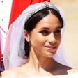Frizer Meghan Markle razkril, kaj je počela na poročno jutro