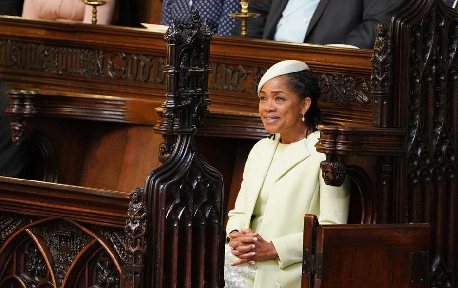 Strokovnjaki razkrili, zakaj je Doria Ragland sama sedela na kraljevi poroki (foto: Profimedia)