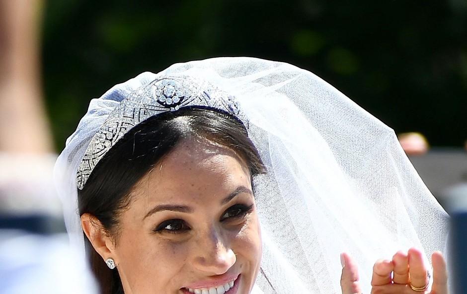 Meghan Markle bo morala na zahtevo kraljice Elizabete opraviti tečaj kraljevih pravil (foto: Profimedia)