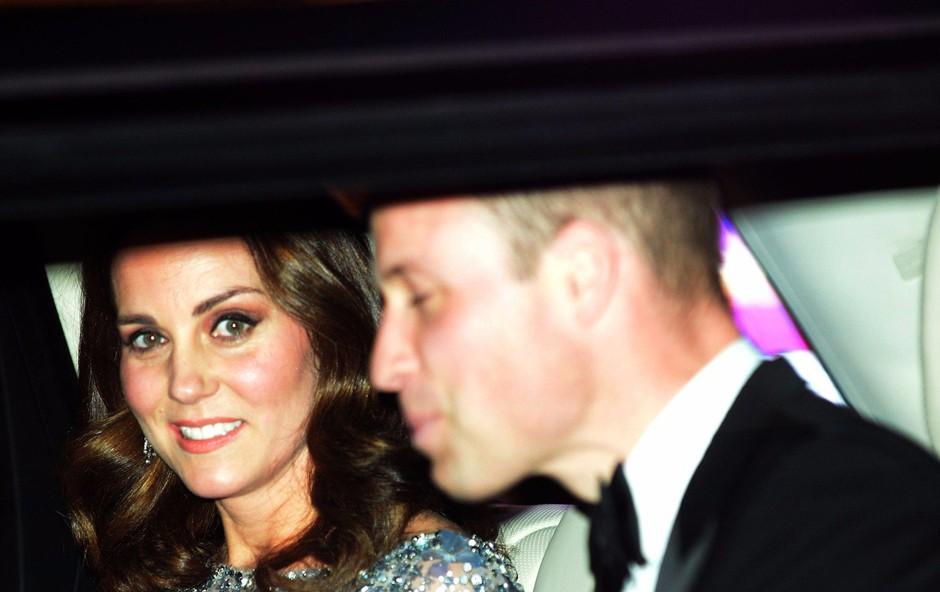 Princa Williama in Kate Middleton sta pred leti rada popila kozarček preveč (foto: Profimedia)