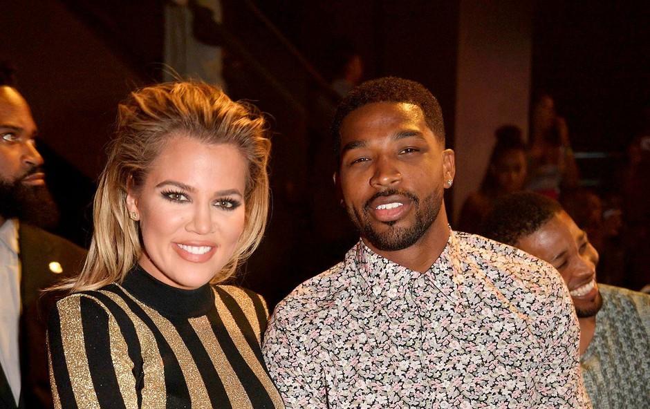 Prevarana Khloe Kardashian jezna na vse, ki menijo, da bi morala zapustiti Tristana Thompsona (foto: Profimedia)
