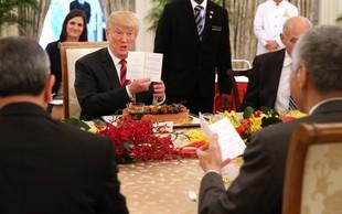 Ker Donald Trump v ihti vedno raztrga dokumente, ima Bela hiša poseben tim, da jih lepi skupaj!
