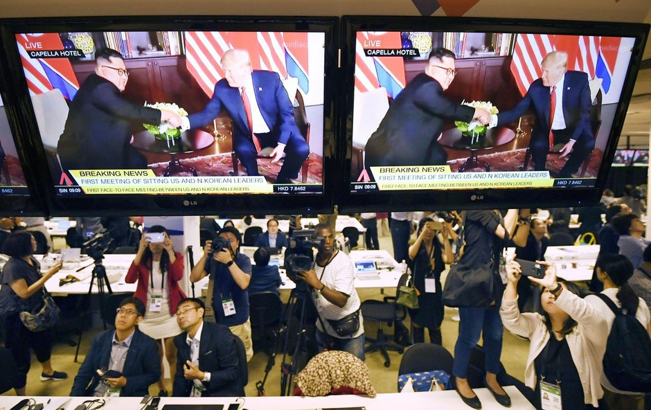 To sta danes jedla Donald Trump in Kim Jong-un! (foto: profimedia)
