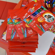 Omejena količina Aero barvic s podpisom Roberta Kranjca je ekskluzivno na voljo v prodajalni DZS v Mercator centru Šiška.