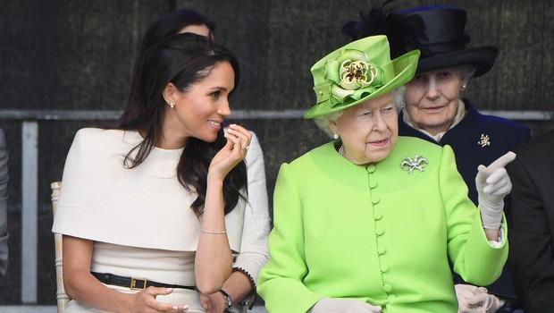 Meghan uspešno opravila prvo uradno obveznost s kraljico Elizabeto II. (foto: profimedia)