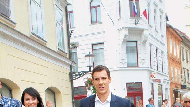 Goran Dragić v mestu ljubezni s svojo drago! (foto: Goran Antley)