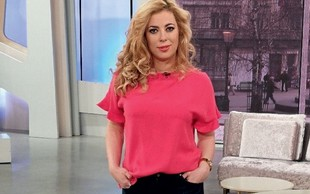 Poglejte si, kakšno modno kombinacijo je na dopustu nosila Ana Tavčar Pirkovič