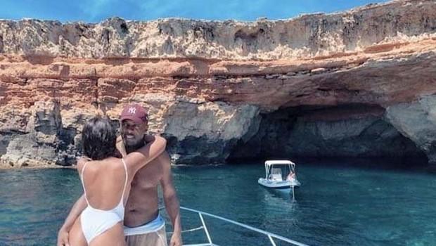 Poglejte si, kako zapeljivo zaročenko ima igralec Idris Elba (foto: Profimedia)
