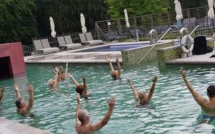 Spoznajte vodno jogo in energijsko regeneracijo z jogo