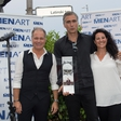 Jan Plestenjak prejel platinasto nagrado za naklado albuma 'Dvigni krila'
