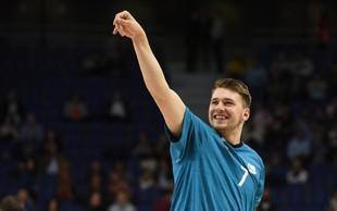 """Luko Dončića po tekmi razveselili (tudi) s prekmursko gibanico: """"Si lahko to odnesem?"""""""