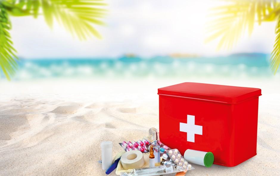 Dopustniški čas: Kaj damo v lekarniško torbo? (foto: Shutterstock)
